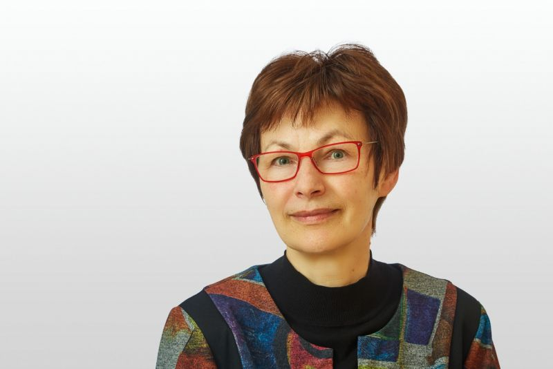 Frau Katrin Haufe