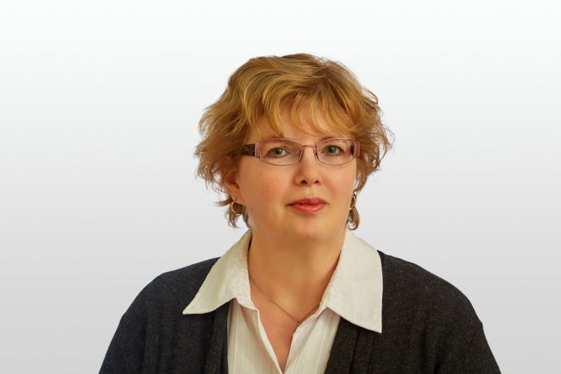 Frau Carola Bohm